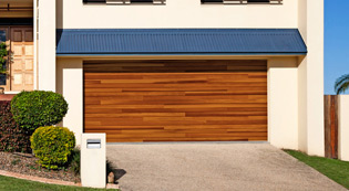 Accent Plank Garage Doors